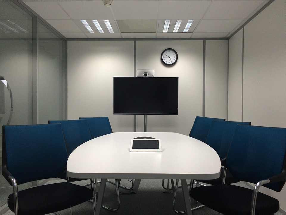 Equipamentos de videoconferência adequado: Tudo que precisa saber